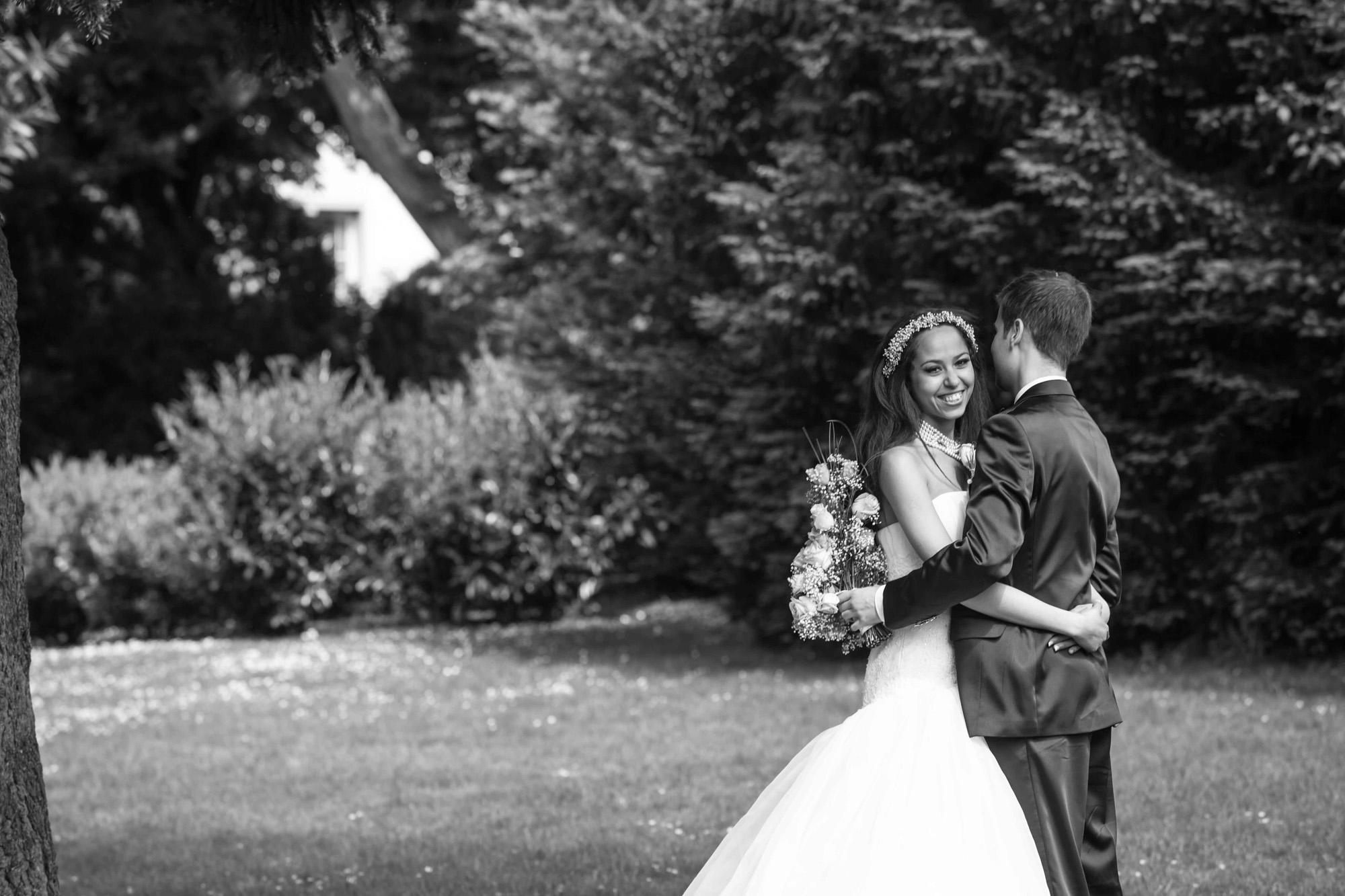 Hochzeitsfotografie - Barutpaar schwarz weiß in Freiburg