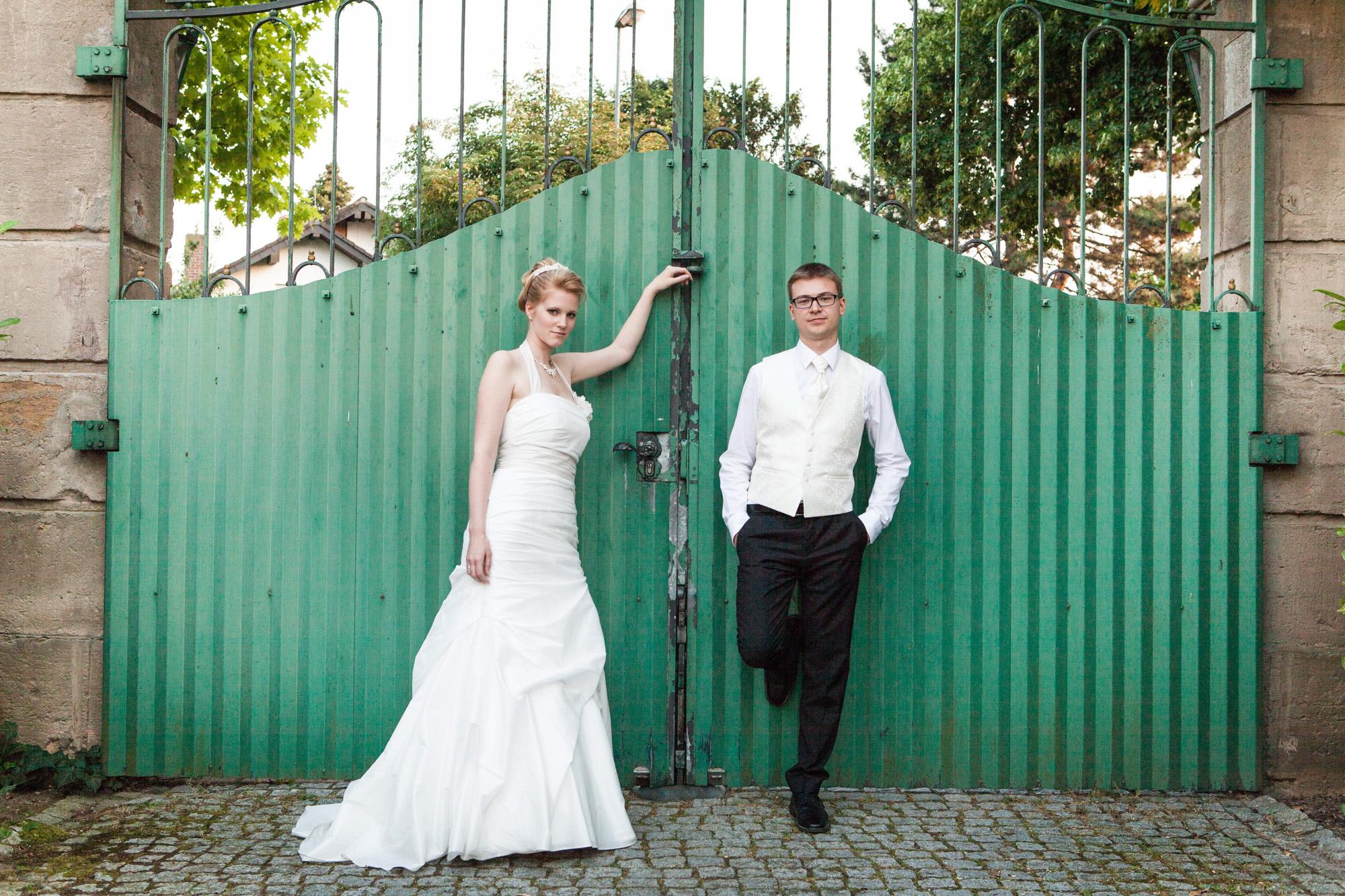 Hochzeitsfotografie - Brautpaar am Schloss Rimsinger
