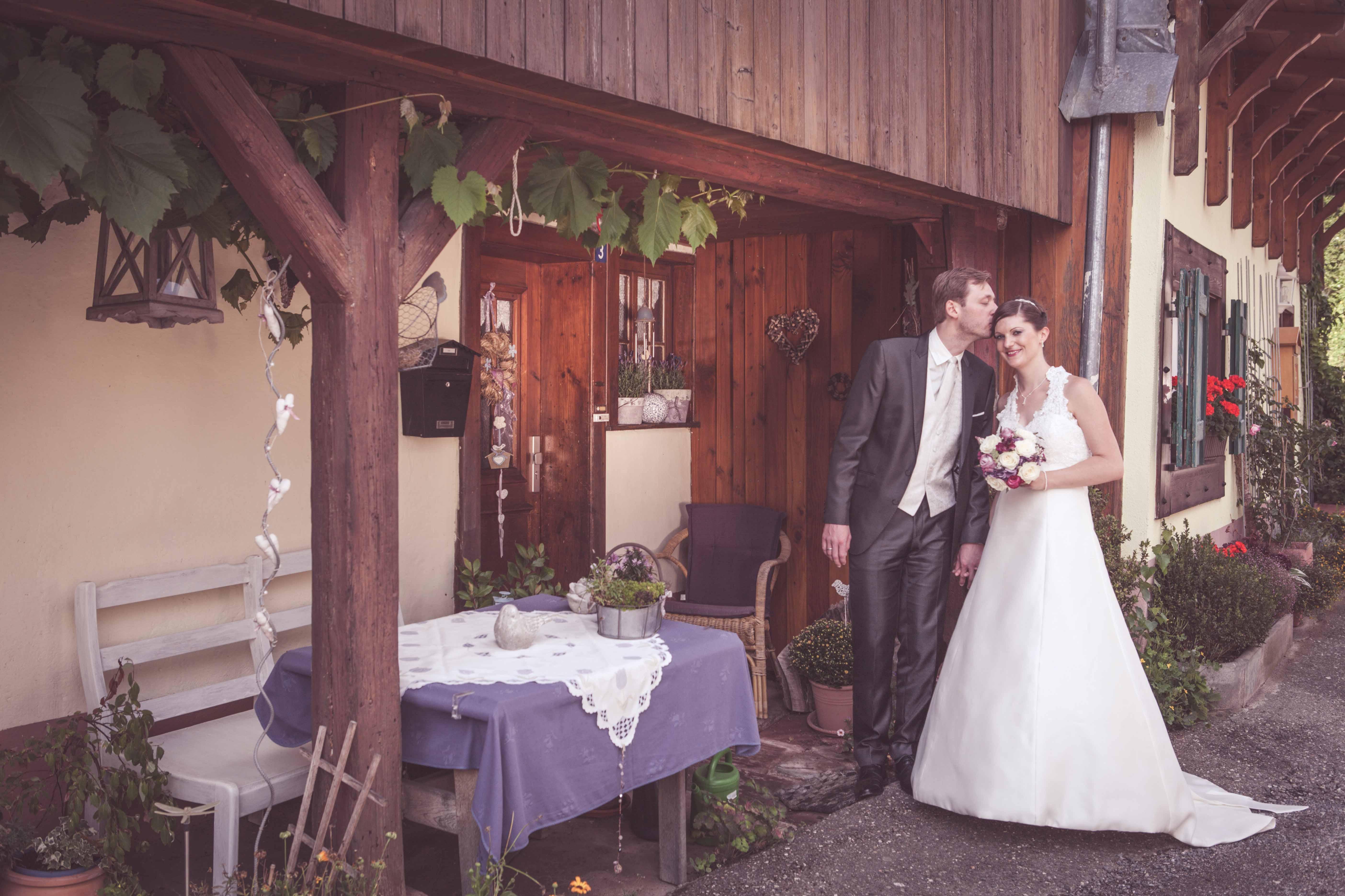 Hochzeitsbilder - Brautpaar am Freiämter Hof